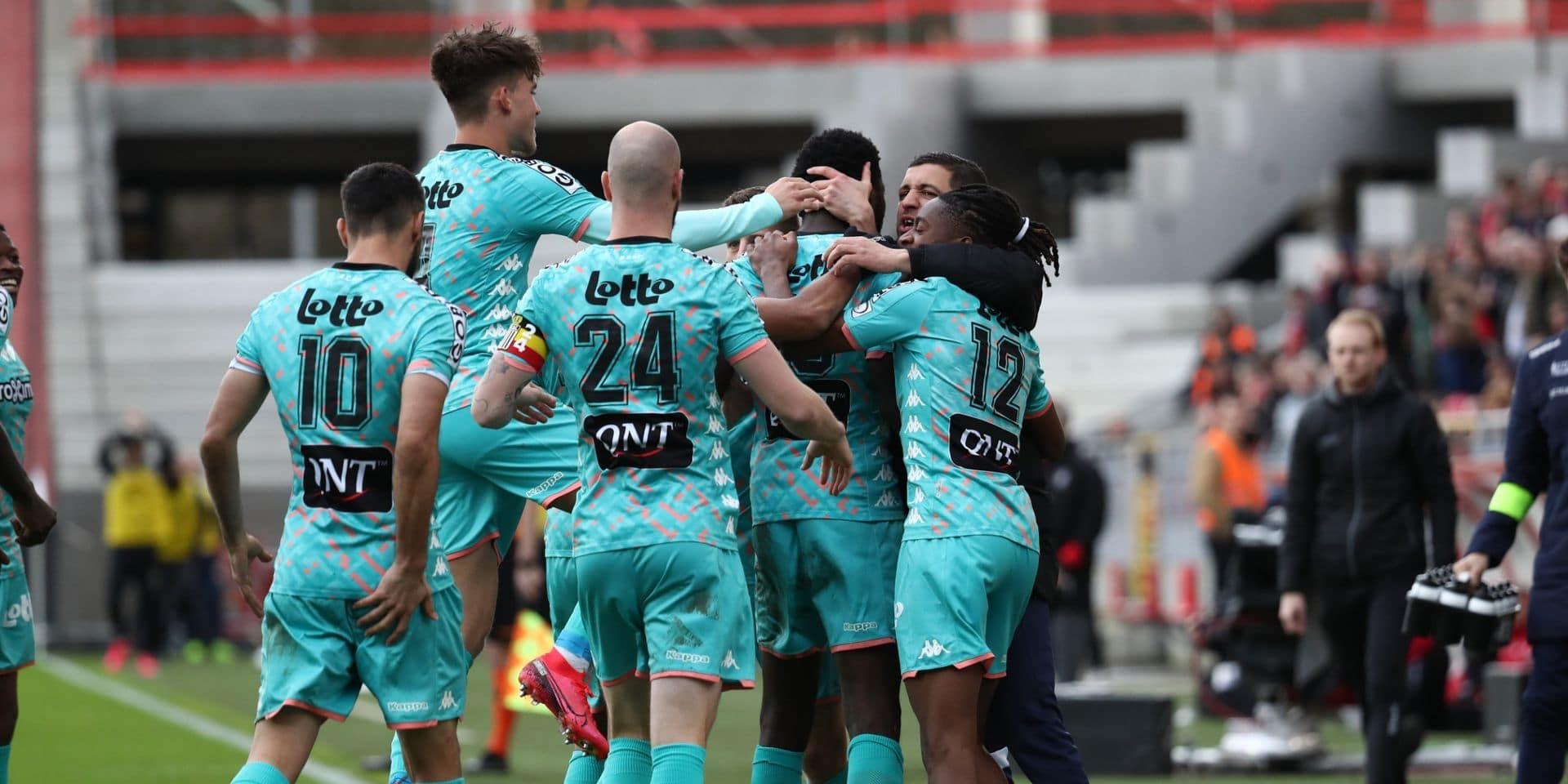 Grâce à la victoire de Mouscron, Charleroi valide son billet pour les playoffs 1