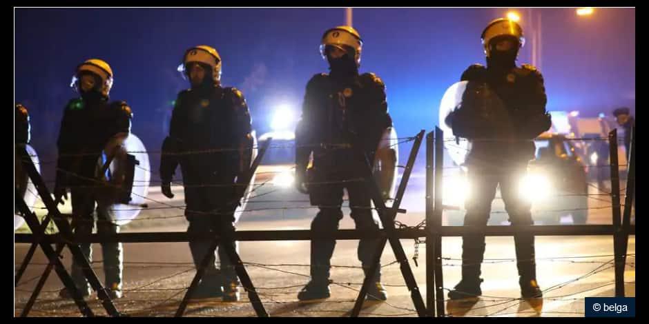 La police de Liège fait cesser un rassemblement de 200 à 300 personnes