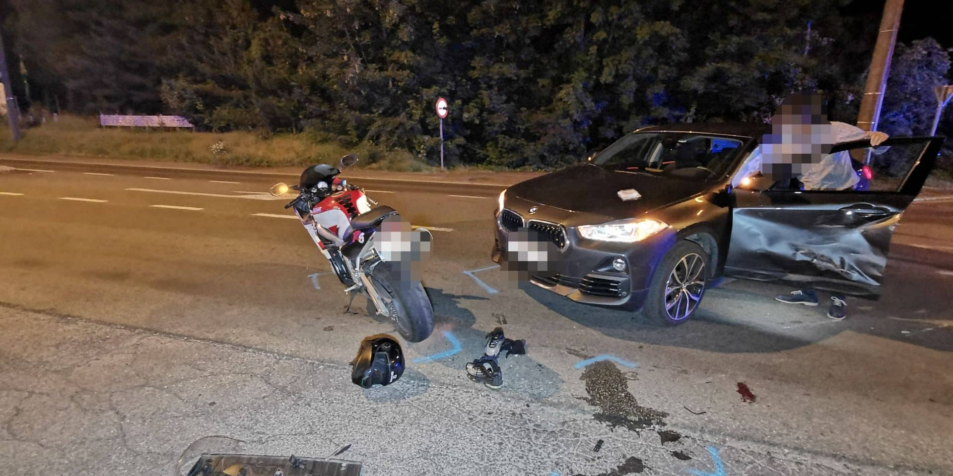 Montigny-le-Tilleul: un motard et une voiture entrent en collision, deux personnes à l'hôpital