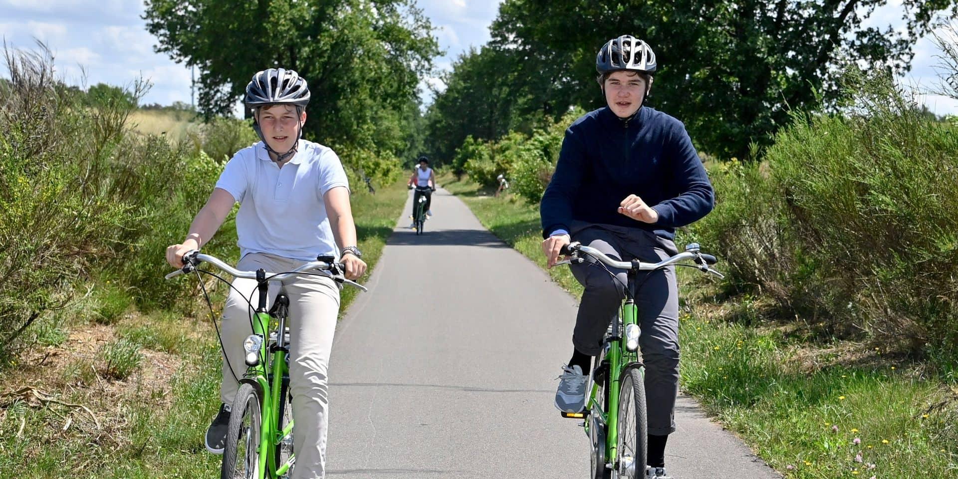 Près de 40% des élèves se rendent à l'école à vélo selon une étude de Touring