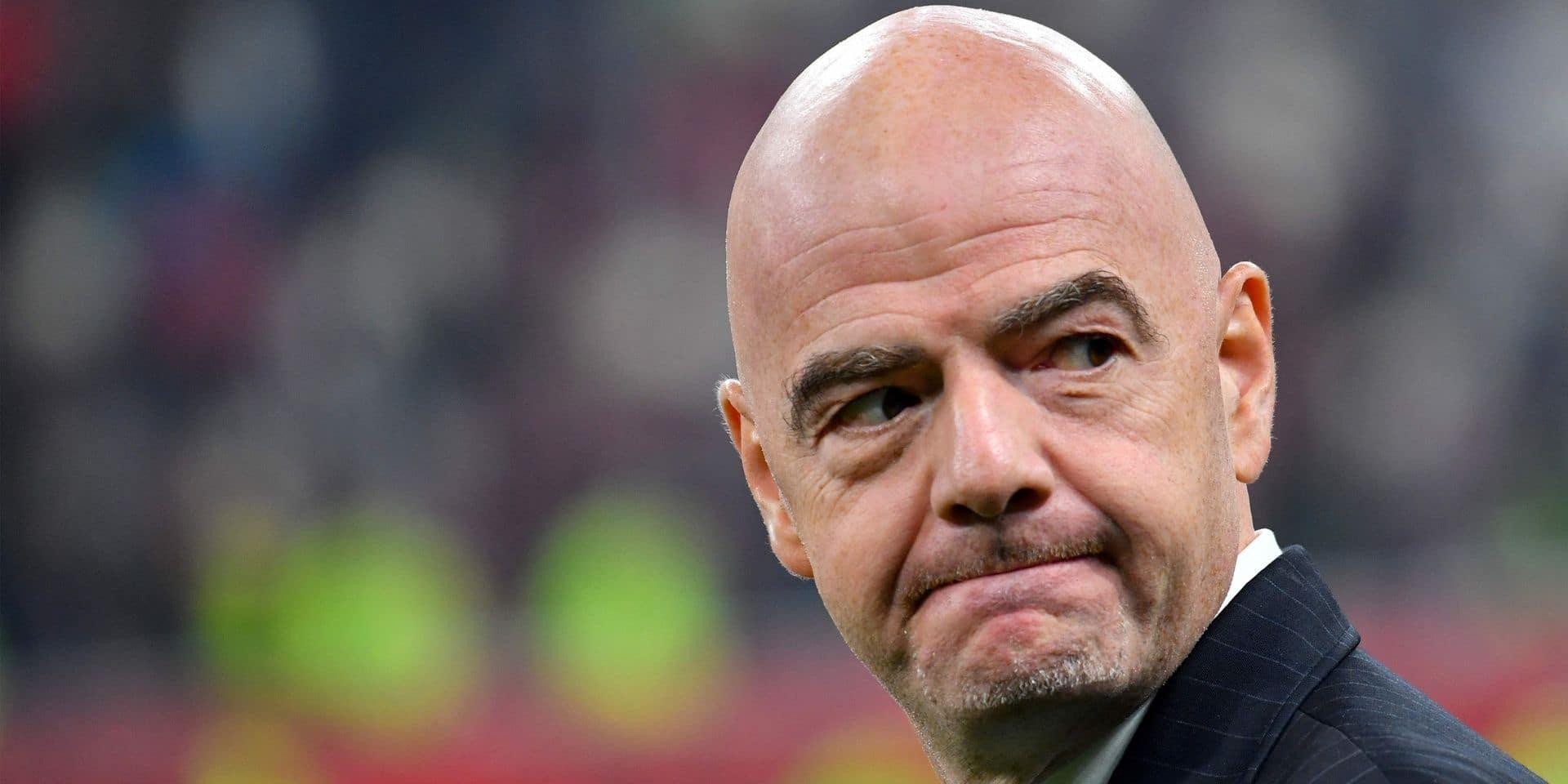 """Infantino """"ne fixe pas de délais"""" pour le retour des fans et envisage moins de matchs"""