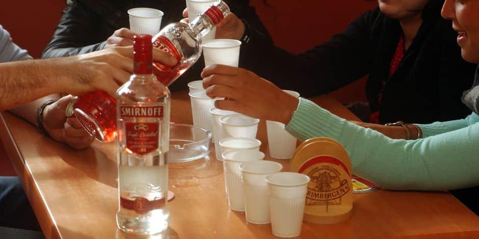Consommation d'alcool: quelles sont les mesures préconisées par le Conseil supérieur de la santé? - La DH