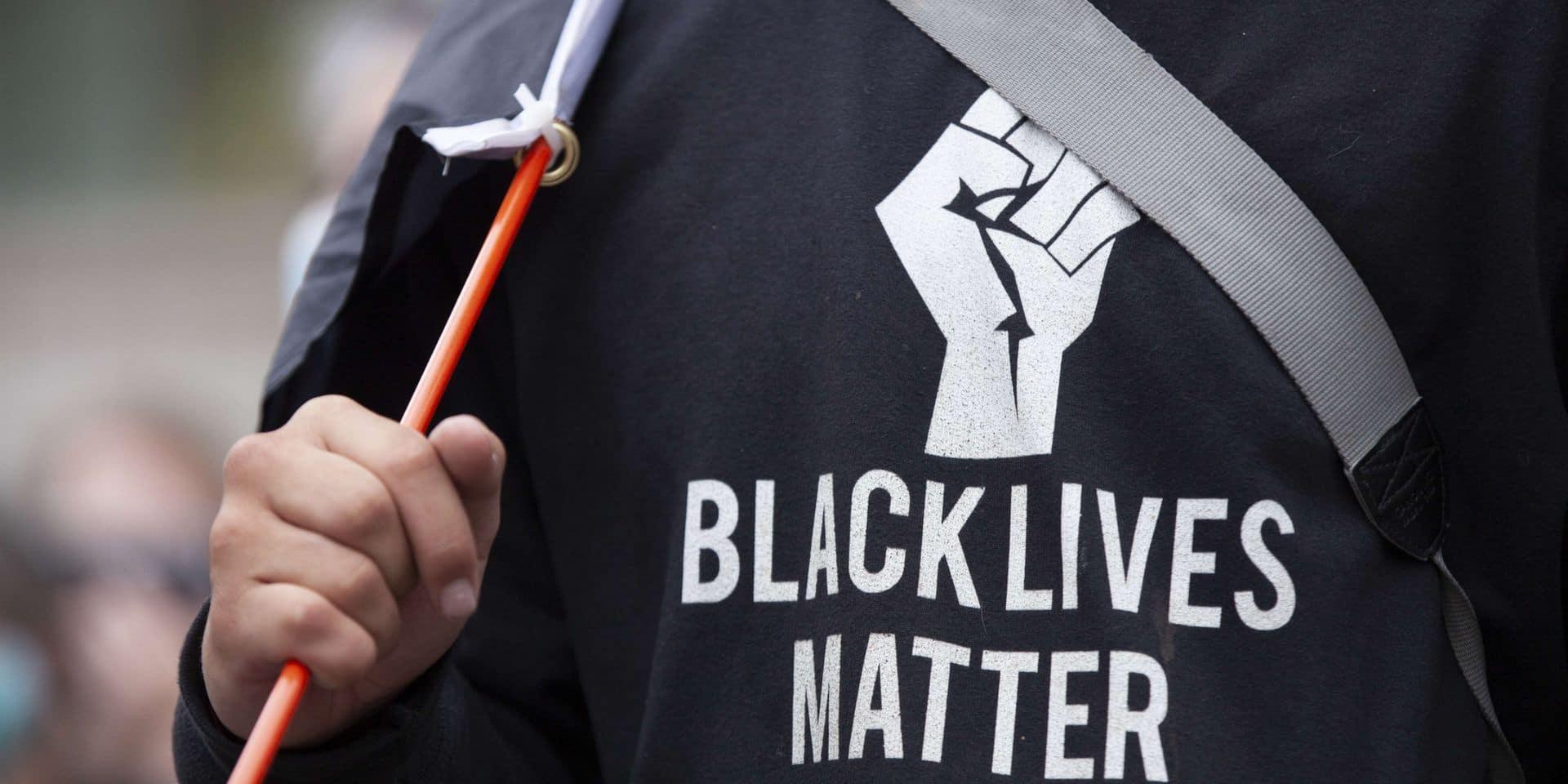 Violences policières contre les Afro-américains: septième soirée de manifestations près de Minneapolis