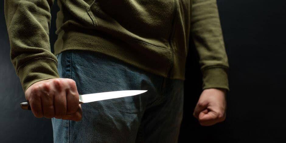Rixensart: Il prend un couteau et tente de s'en prendre à son collègue, cinq mois de prison!