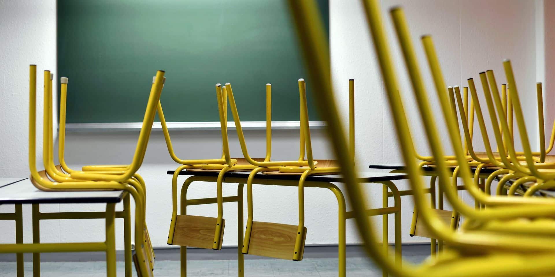 La liste d'attente des inscriptions scolaires, grande source d'anxiété pour les familles