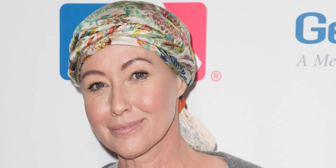 Celebs at The 5th Biennial Stand Up To Cancer in LA
