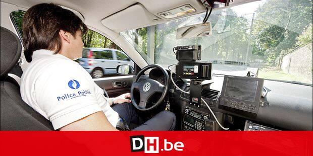 - Radar: contrôle de vitesse par la police - Radar: snelheidscontrole door de politie 13/5/2011 pict. by Vincent Duterne - © Photo News picture not included in some contracts
