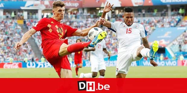 Belgium's Thomas Meunier, left, and Panama's Eric Davis fight for the ball during the group G match between Belgium and Panama at the 2018 soccer World Cup in the Fisht Stadium in Sochi, Russia, Monday, June 18, 2018. (AP Photo/Antonio Calanni)