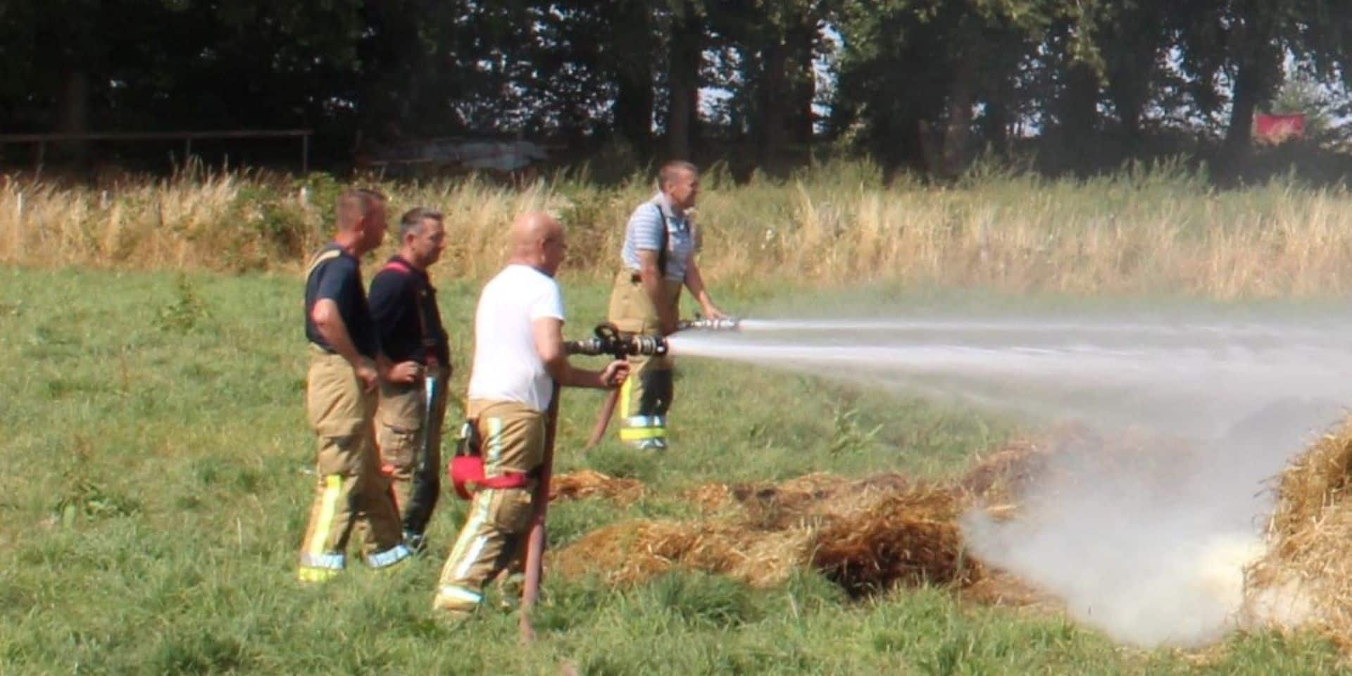 Incendie dans un champ entre Valansart et Izel (Chiny)