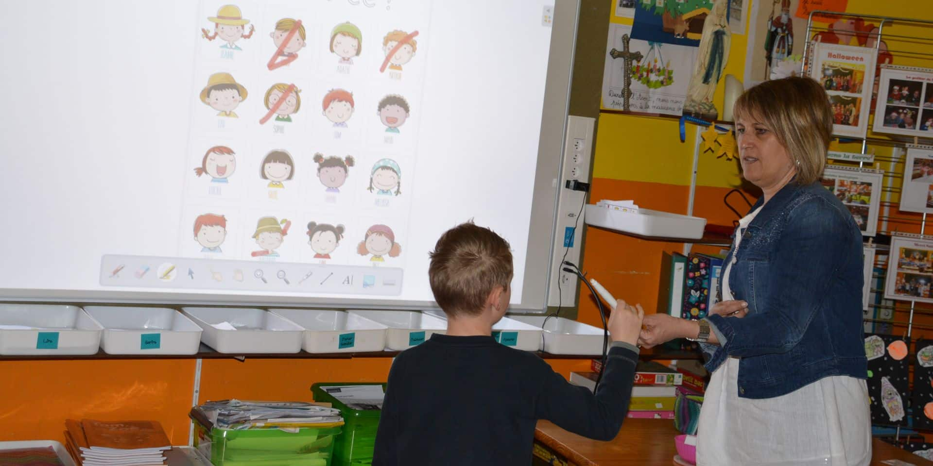 Basècles: L'école aussi passe au numérique