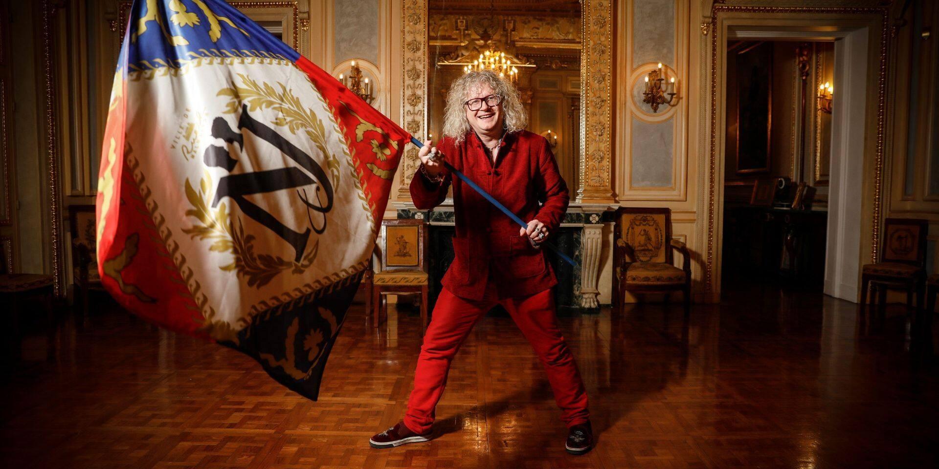 """Finalement, Pierre-Jean Chalençon assume: """"Il y a bien eu un événement ce soir-là au Palais Vivienne avec un maximum de 20 personnes"""""""