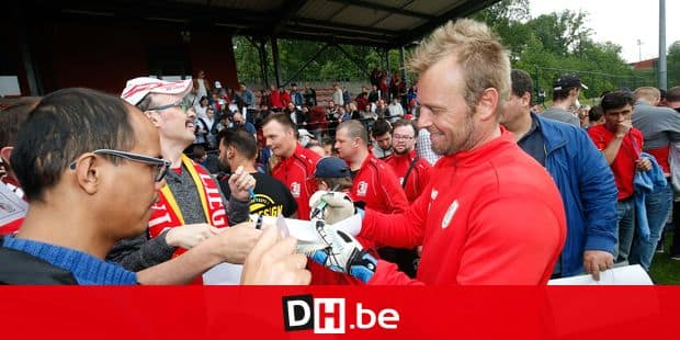 Standard's goalkeeper Jean-Francois Gillet pictured during a fan day of Jupiler Pro League team Standard de Liege, at the Academie Robert Louis-Dreyfys, in Angleur, Wednesday 16 May 2018. BELGA PHOTO BRUNO FAHY