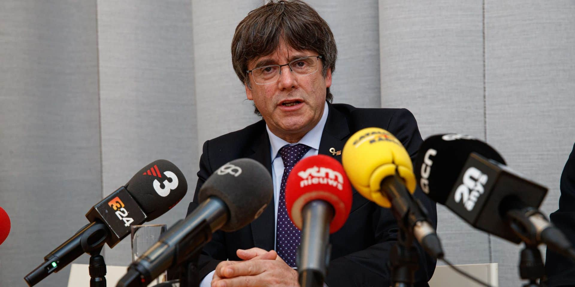 Carles Puigdemont s'est présenté à la police fédérale belge ce vendredi matin