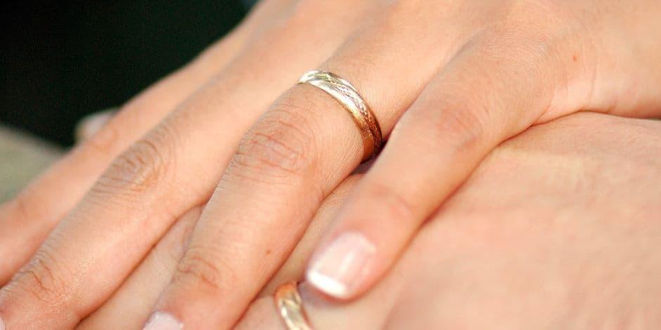 Un Waterlootois oblige sa compagne à avaler sa bague de fiançailles: 15 mois de prison ferme