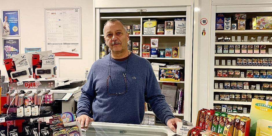 """Renvoi de colis : """"Amazon et Zalando font tout pour faciliter les opérations"""", observe Christian, dans son pont-relais"""