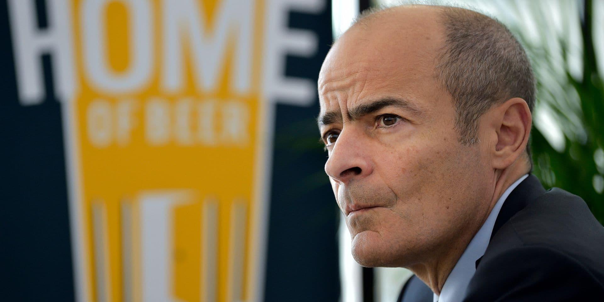 1,24 million d'euros de salaire pour le patron d'AB InBev mais pas de bonus