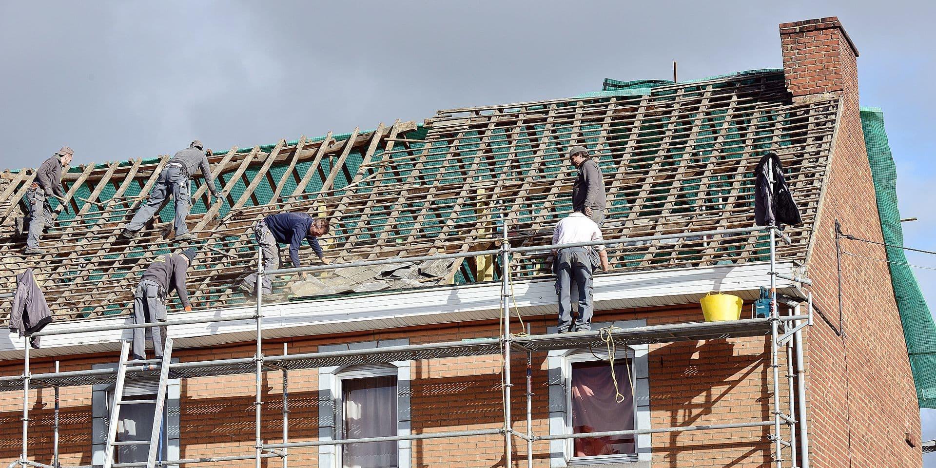 Buzet - Réparation toit