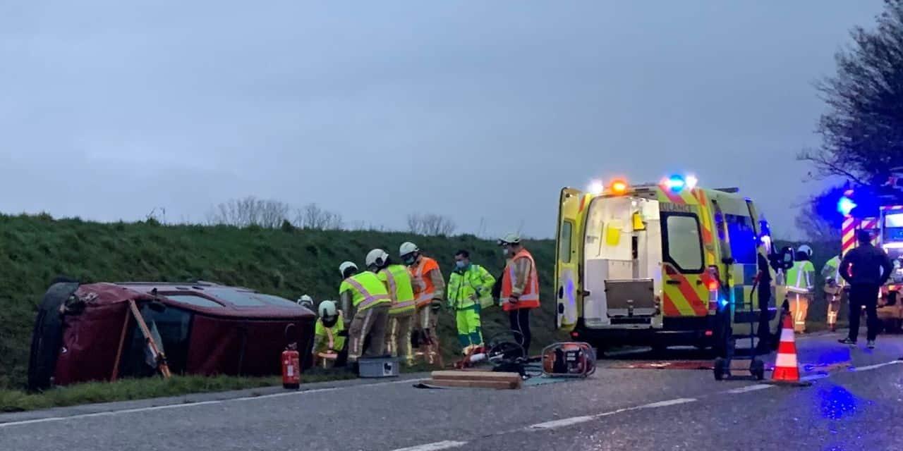 Deux blessés, dont un grave, dans une sortie de route à Villers-la-Ville
