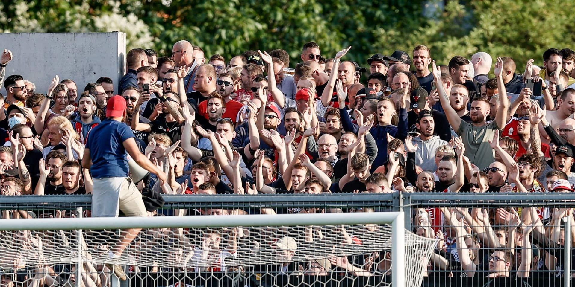 Dérapages de supporters: de timides amendes pour le Standard et Anderlecht