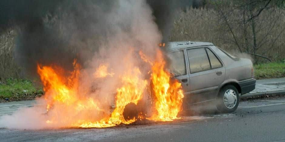 Soumagne : une voiture en proie aux flammes
