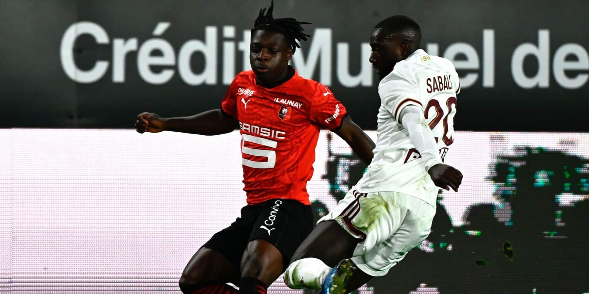 Les Belges à l'étranger: Rennes battu 0-1 par Bordeaux malgré la montée au jeu de Doku