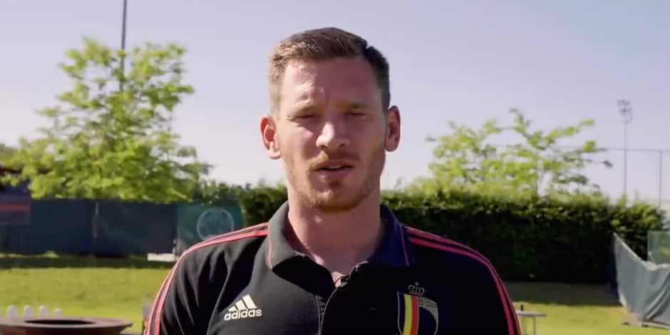 """""""La famille du football est derrière toi"""" : Vertonghen et d'autres joueurs souhaitent un bon rétablissement à Eriksen dans une vidéo"""