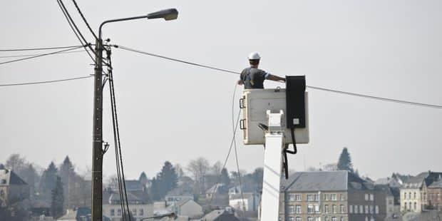 Verviers : il percute un pylône électrique et des habitants se retrouvent sans électricité