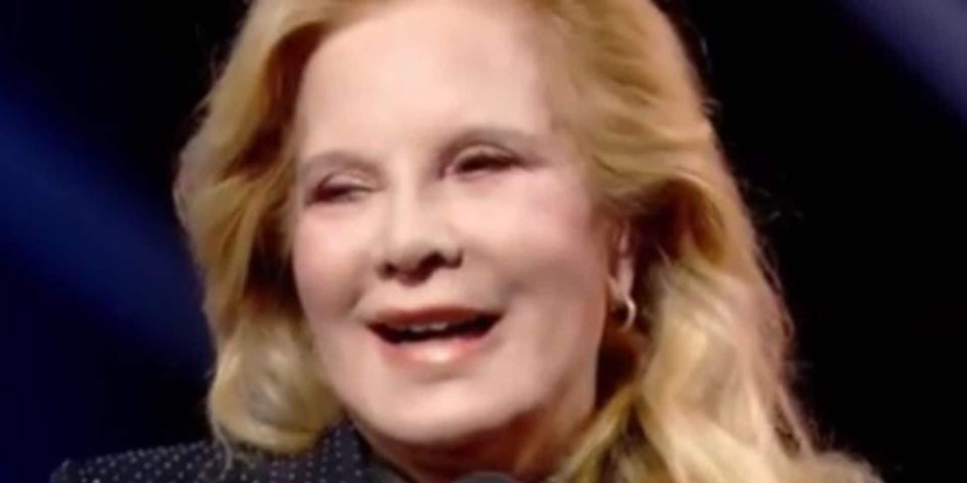 """On dirait Hulk"" : Sylvie Vartan ""doit arrêter la chirurgie"""