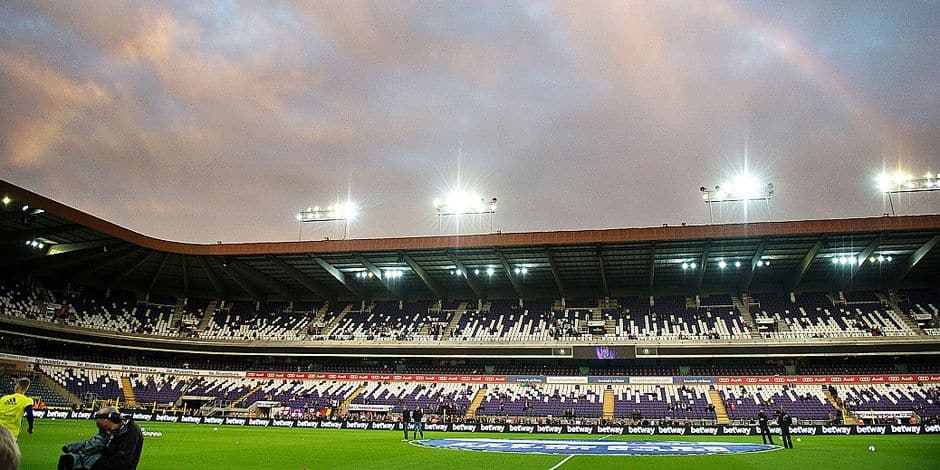 Anderlecht jouera jeudi dans un stade à moitié vide