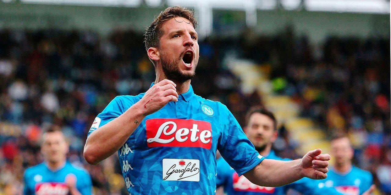 """Dries Mertens n'est pas satisfait du mercato de Naples : """"Nous avons besoin d'acheter"""""""