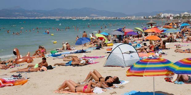 Un Belge sur quatre réserve ses vacances d'été avant le Nouvel An - La DH