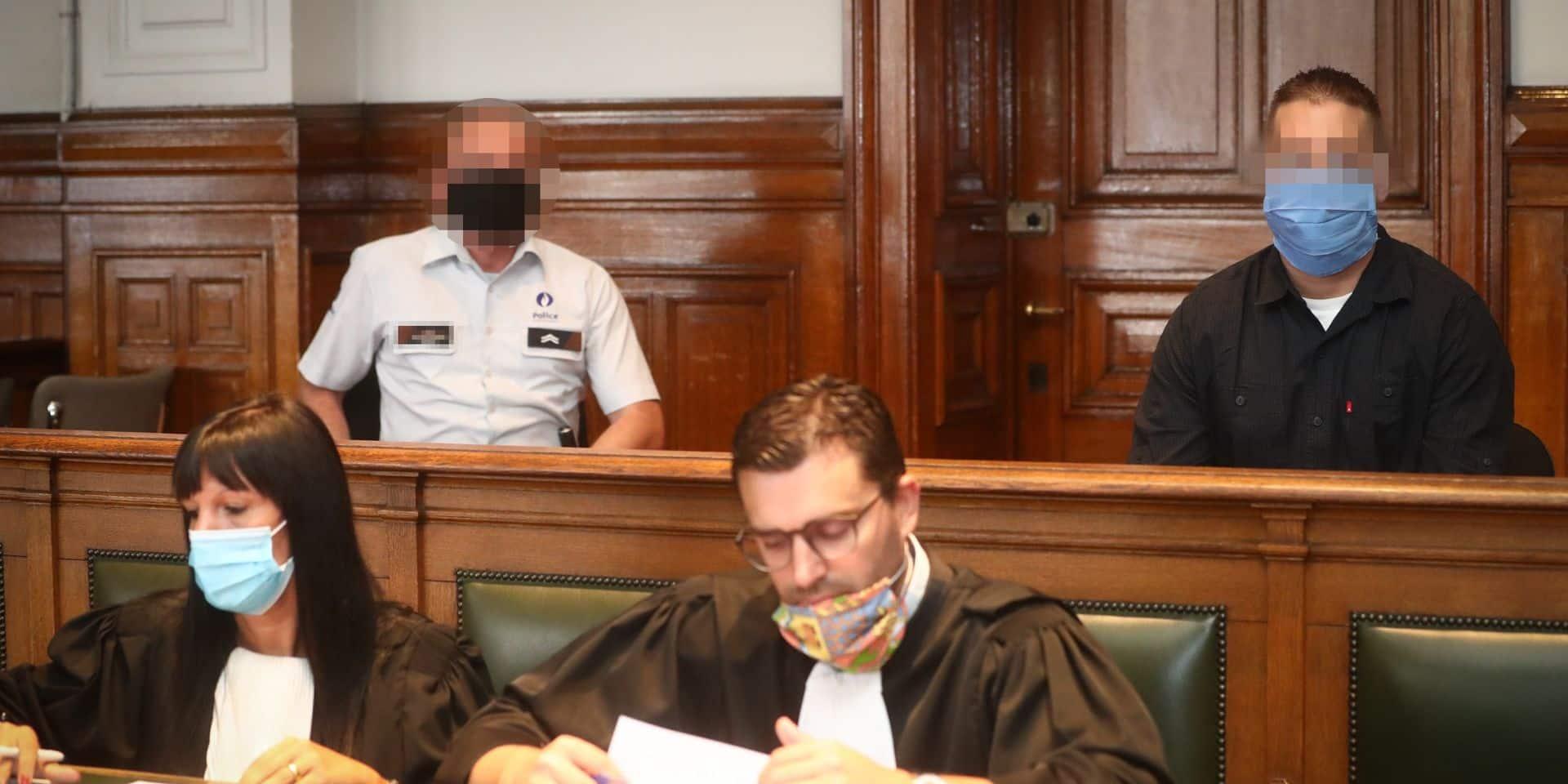 """Assises de Namur : """"Il m'a dit qu'il était dans la merde, que c'était grave"""", raconte le père de l'accusé"""