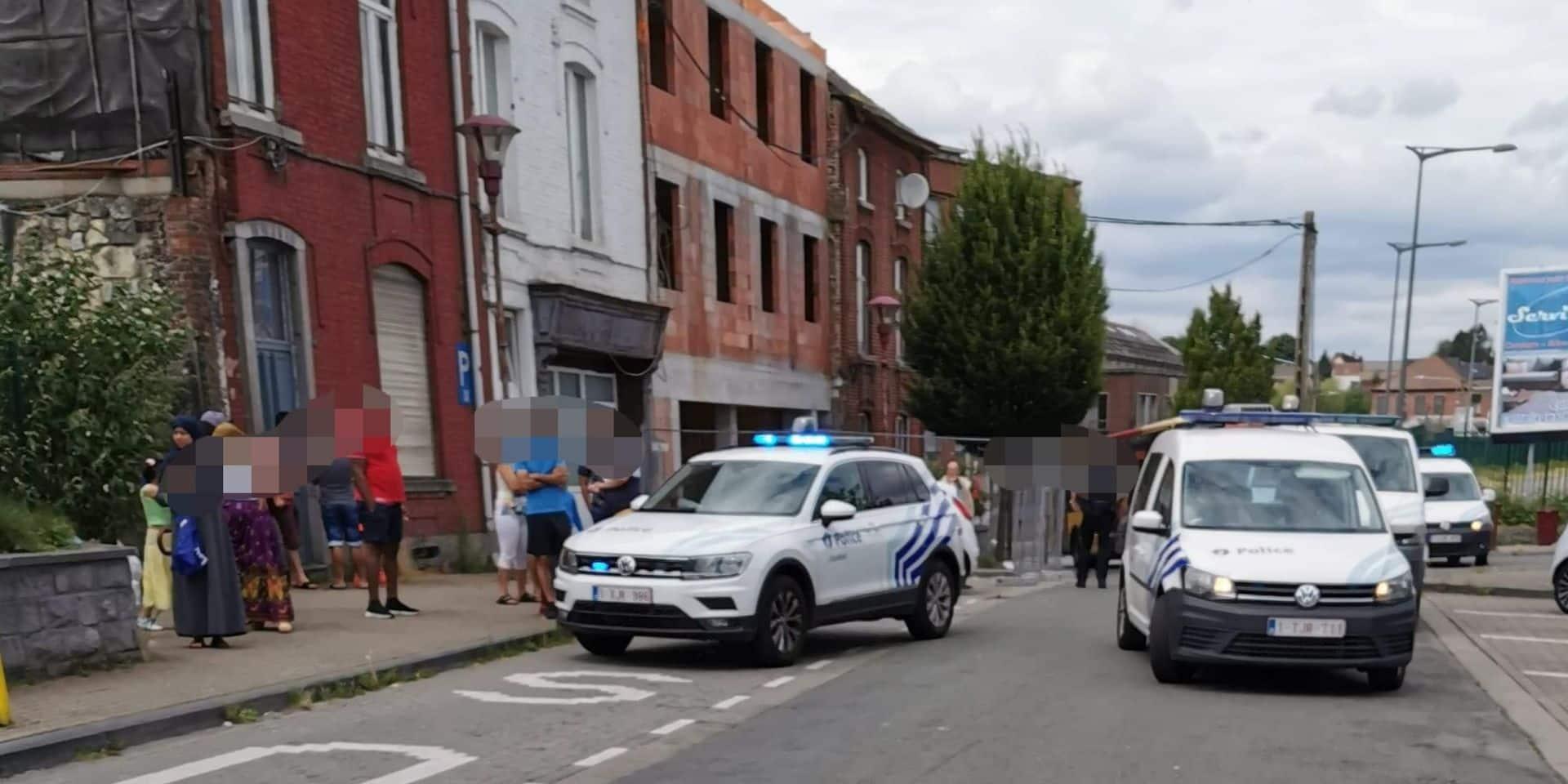 Coup de couteau à Marchienne-au-Pont: poursuivi par des témoins et interpellé par la police