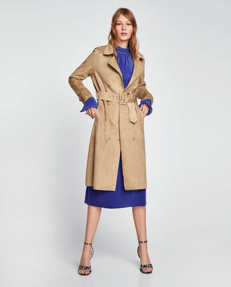 Seventies. Gabardine effet daim,                                                    Zara, 59,95 €