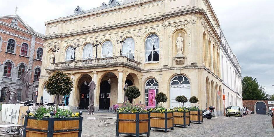 Le théâtre de Namur sera rouge ce vendredi soir