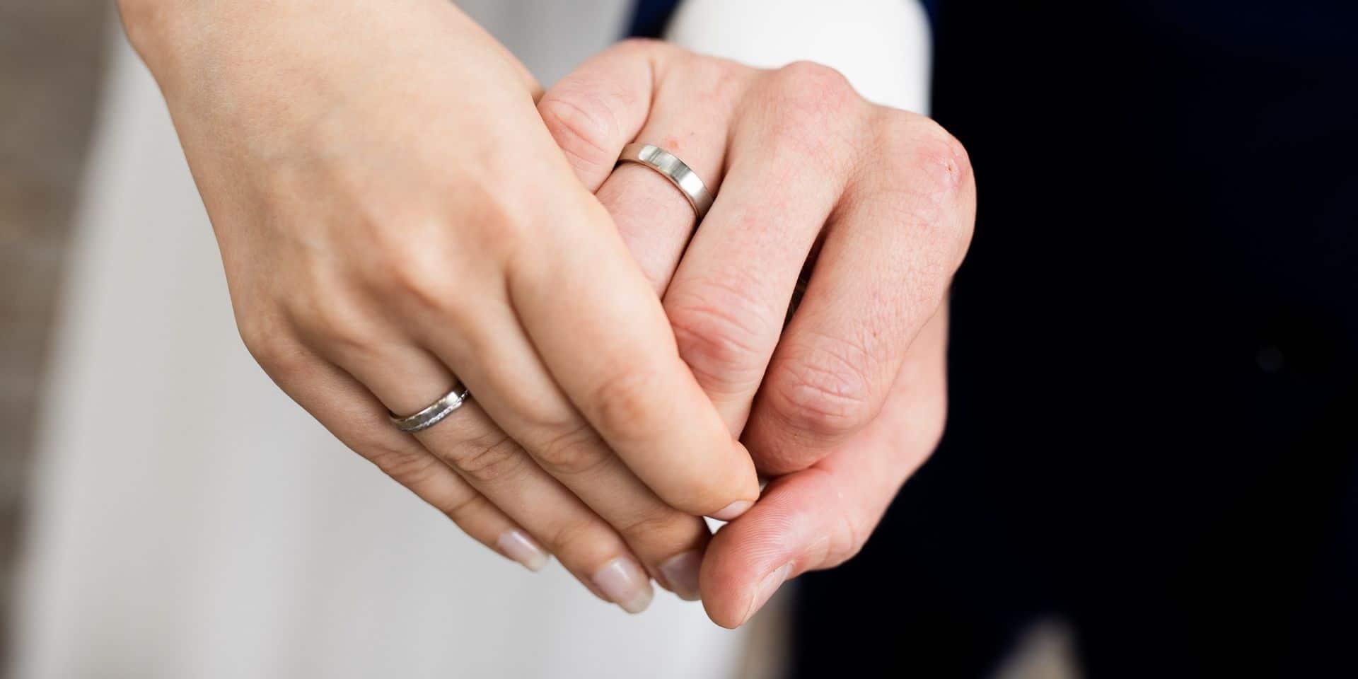 """""""Comme d'habitude, nous sommes les grands oubliés"""" : le secteur du mariage insatisfait par les annonces du CNS"""