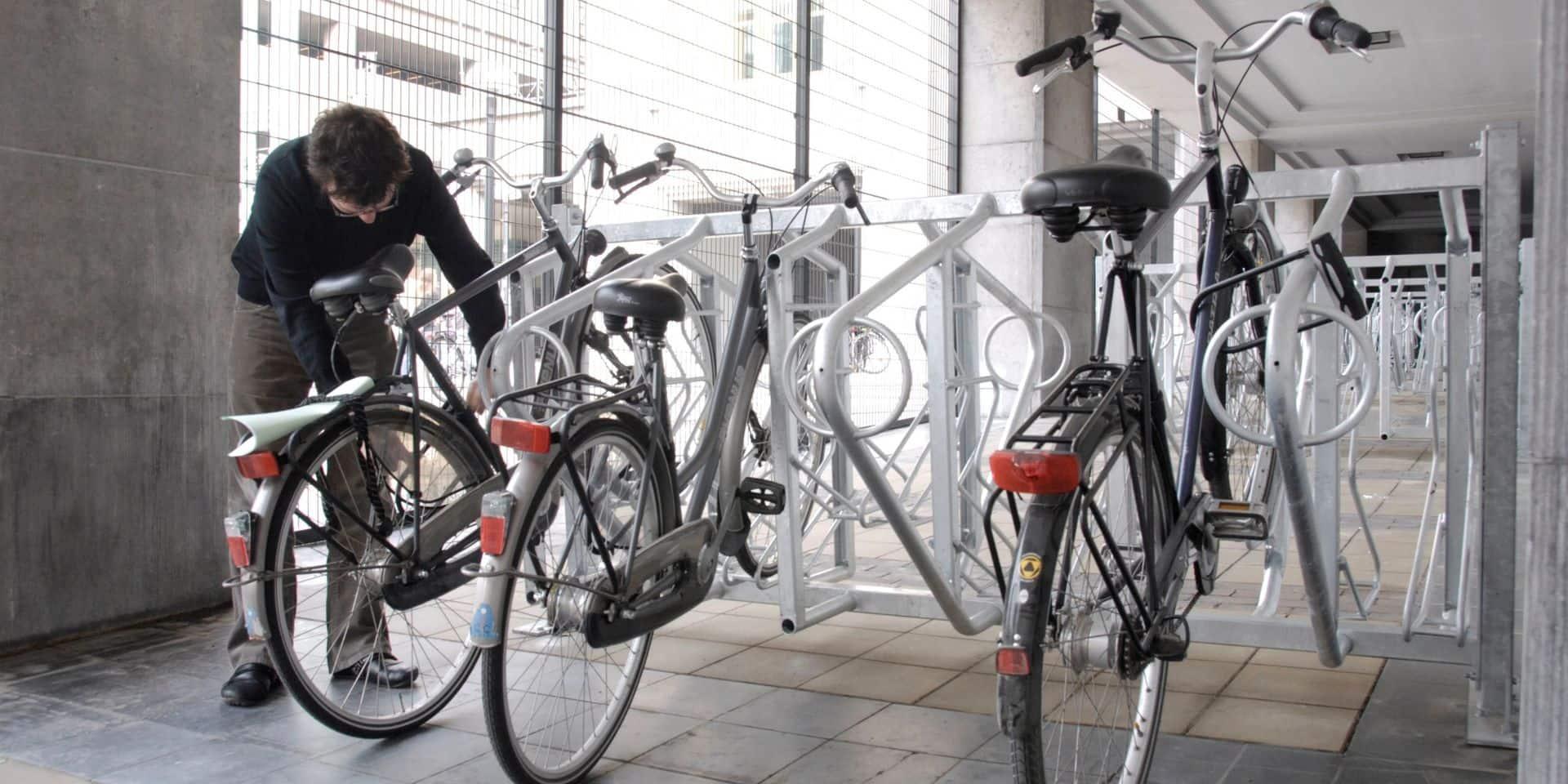 La SNCB envisage de faire payer pour garer son vélo