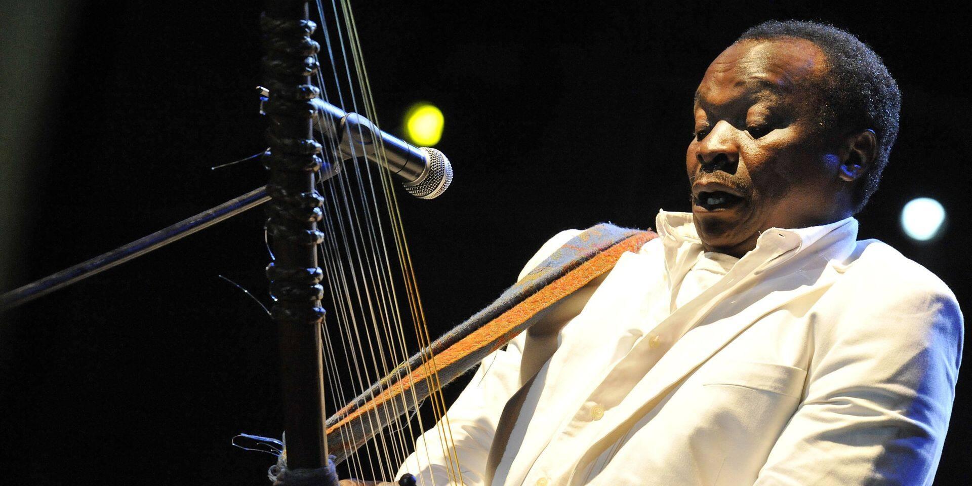 """Le chanteur et musicien guinéen Mory Kanté, connu pour son titre """"Yéké Yéké"""", est décédé"""