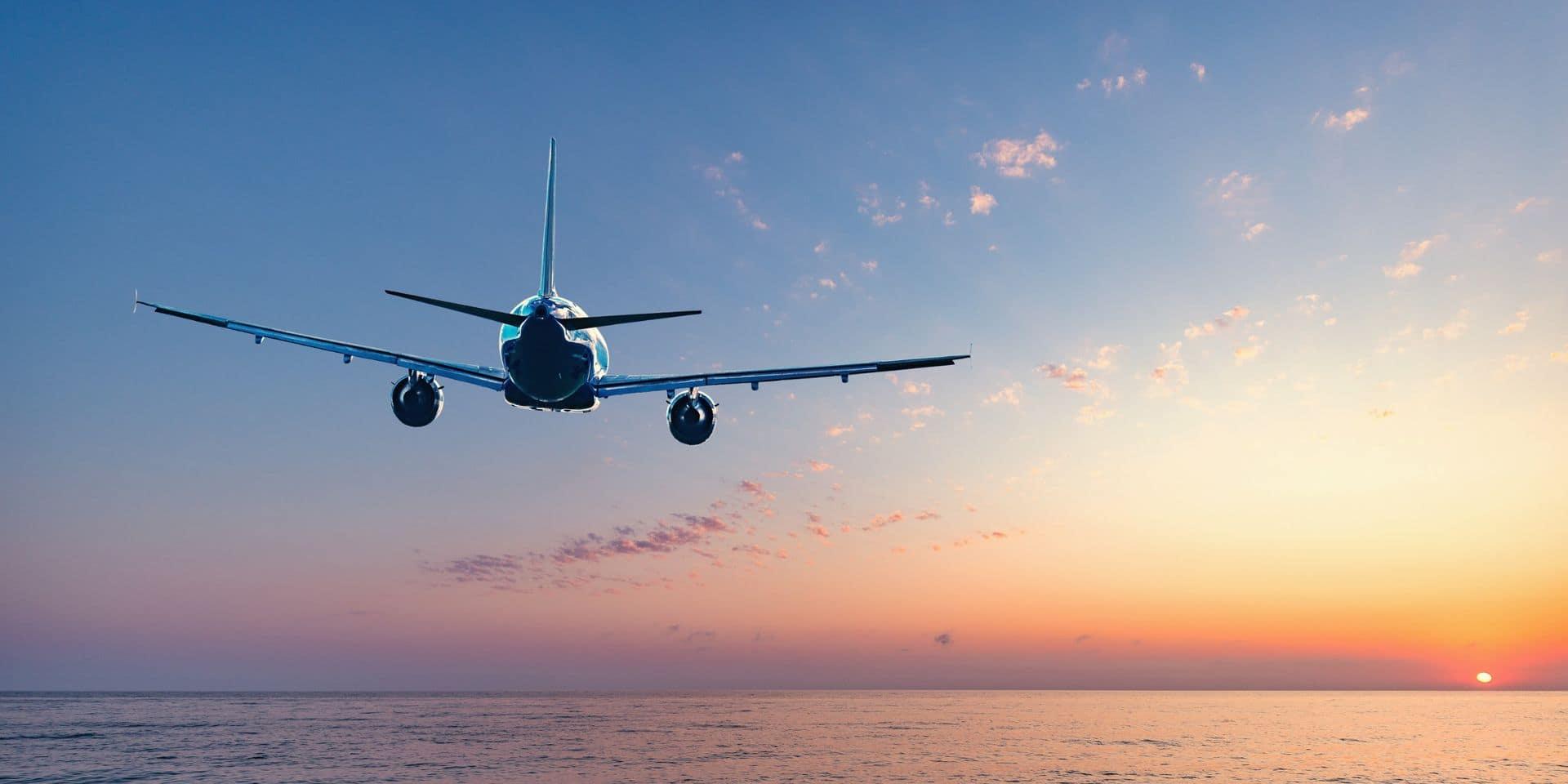 Le Royaume-Uni assouplit les restrictions aux voyages pour une cinquantaine de pays