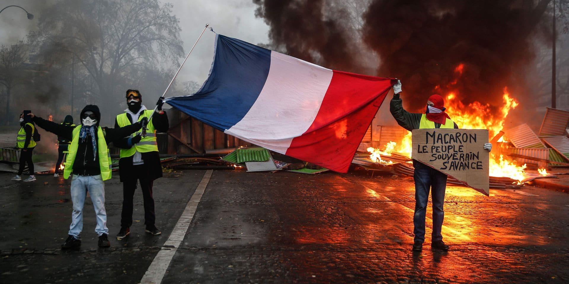 """Gilets jaunes: le gouvernement français craint une """"très grande violence"""" samedi"""