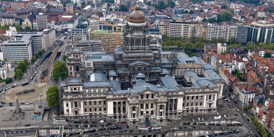 Feu vert pour une utilisation temporaire des rampes du Palais de Justice