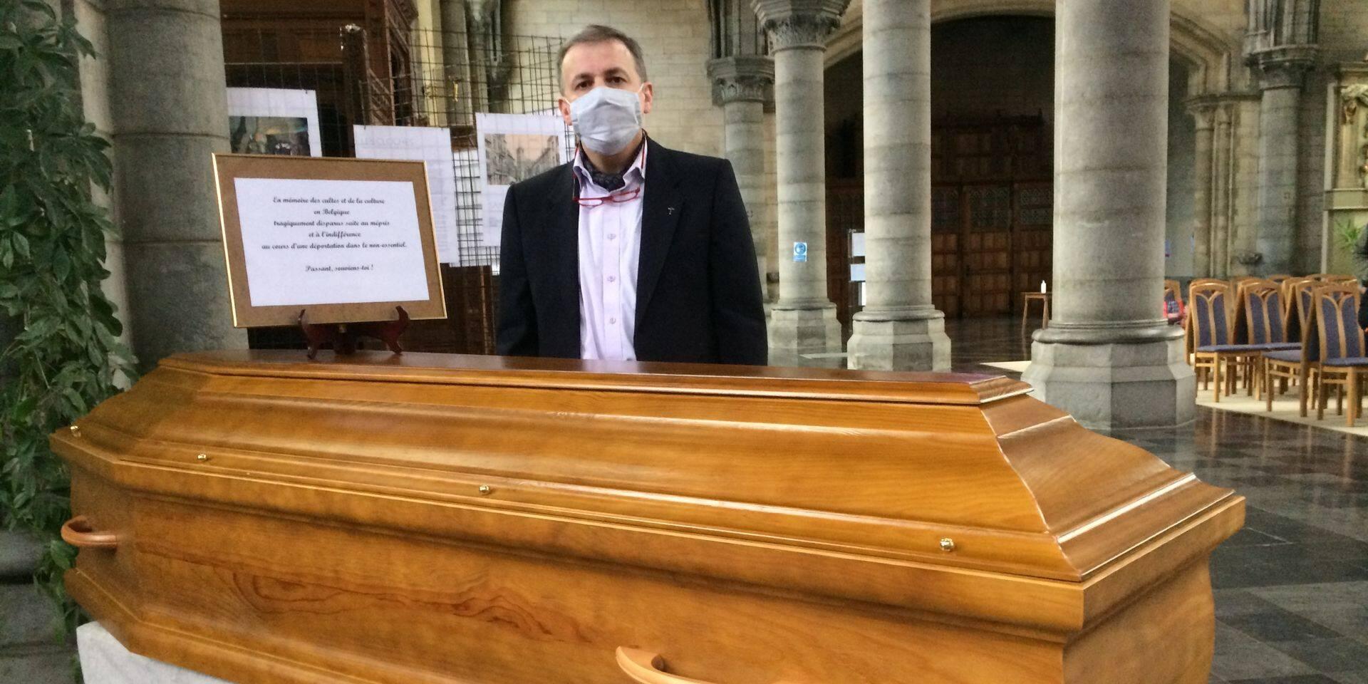 Arlon : une messe avec un cercueil vide