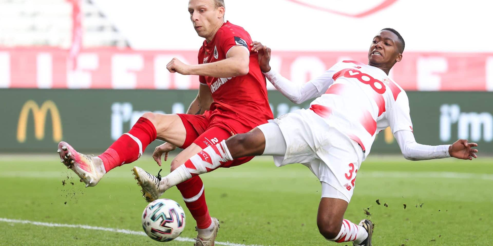 Dans un match indécis, le Standard rapporte un point à Liège contre l'Antwerp (1-1)