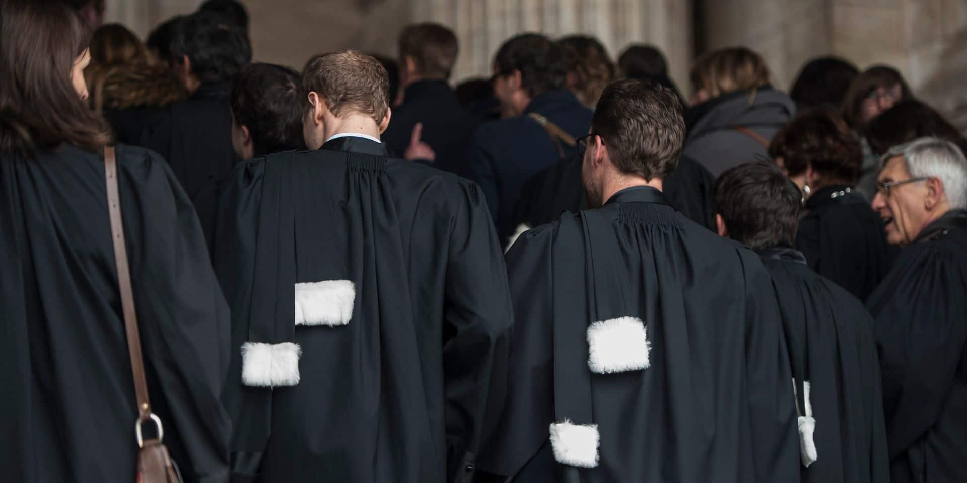 Les avocats attaquent l'Etat belge contre le manque de moyens de la justice