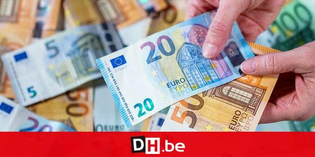 17 January 2019, Mecklenburg-Western Pomerania, Lützow: Euro banknotes with different values can be seen. Photo: Jens Büttner/dpa-Zentralbild/ZB Reporters / DPA