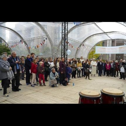 Environ 200 personnes se sont rassemblées pour la paix et le vivre ensemble à Bruxelles