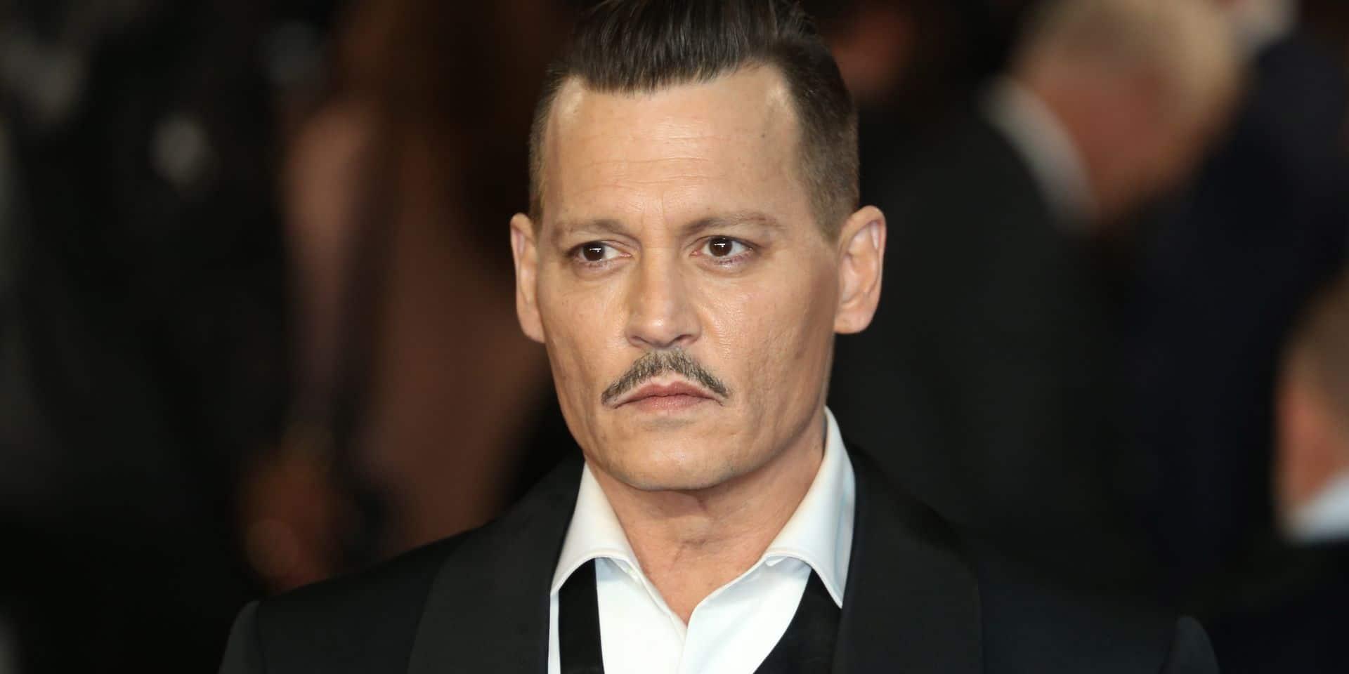 Le photographe de la tournée de Johnny Depp explique l'apparence de Johnny Depp