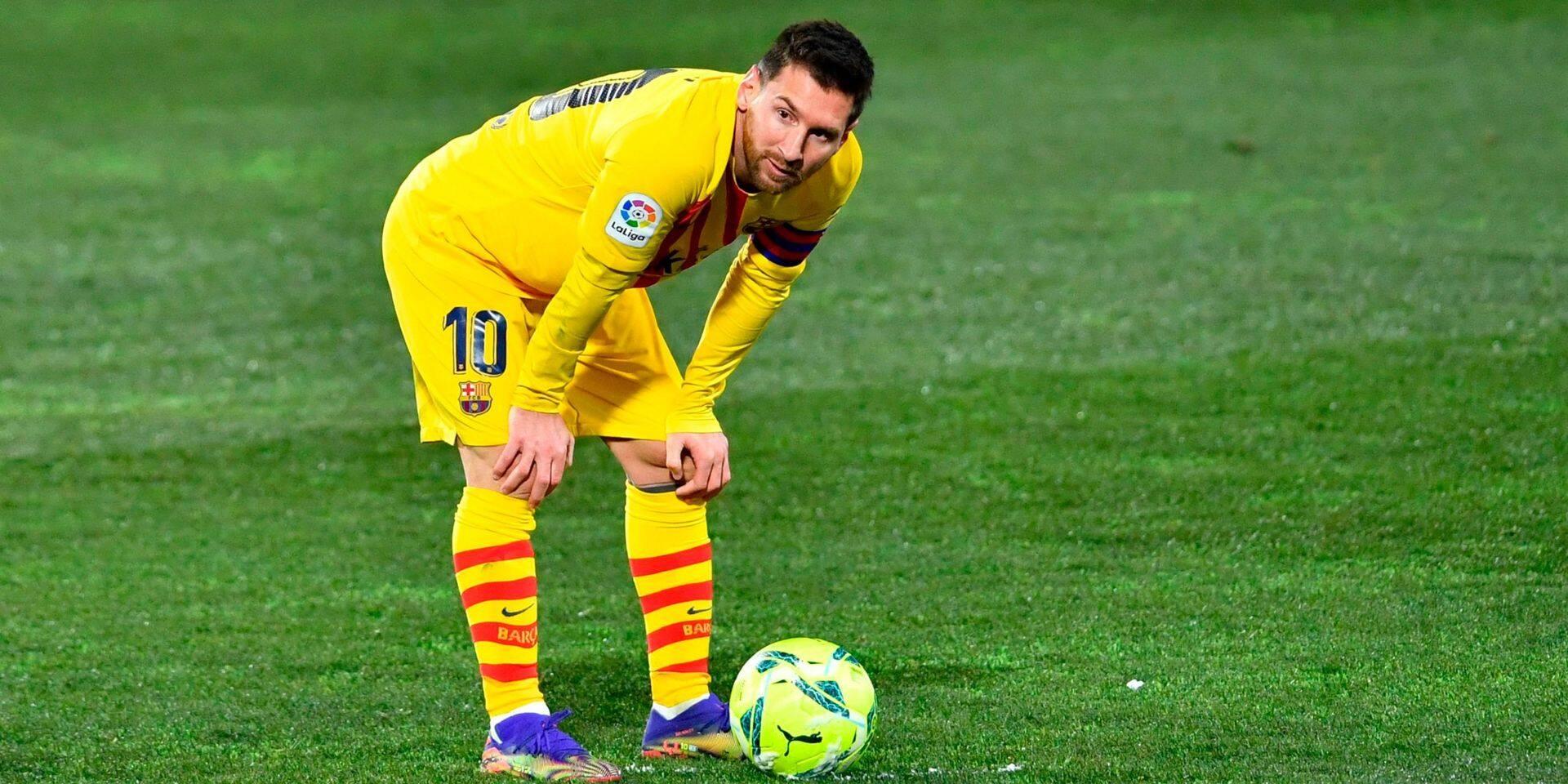Barcelone s'impose par le plus petit écart à Huesca pour le 500e match en Liga de Messi