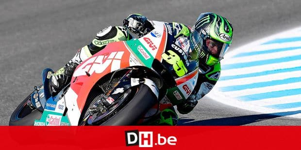 TOPSHOT - LCR Honda's British rider Cal Crutchlow takes part in the third MotoGP free practice session of the Spanish Grand Prix at the Jerez racetrack in Jerez de la Frontera on May 5, 2018. / AFP PHOTO / JAVIER SORIANO