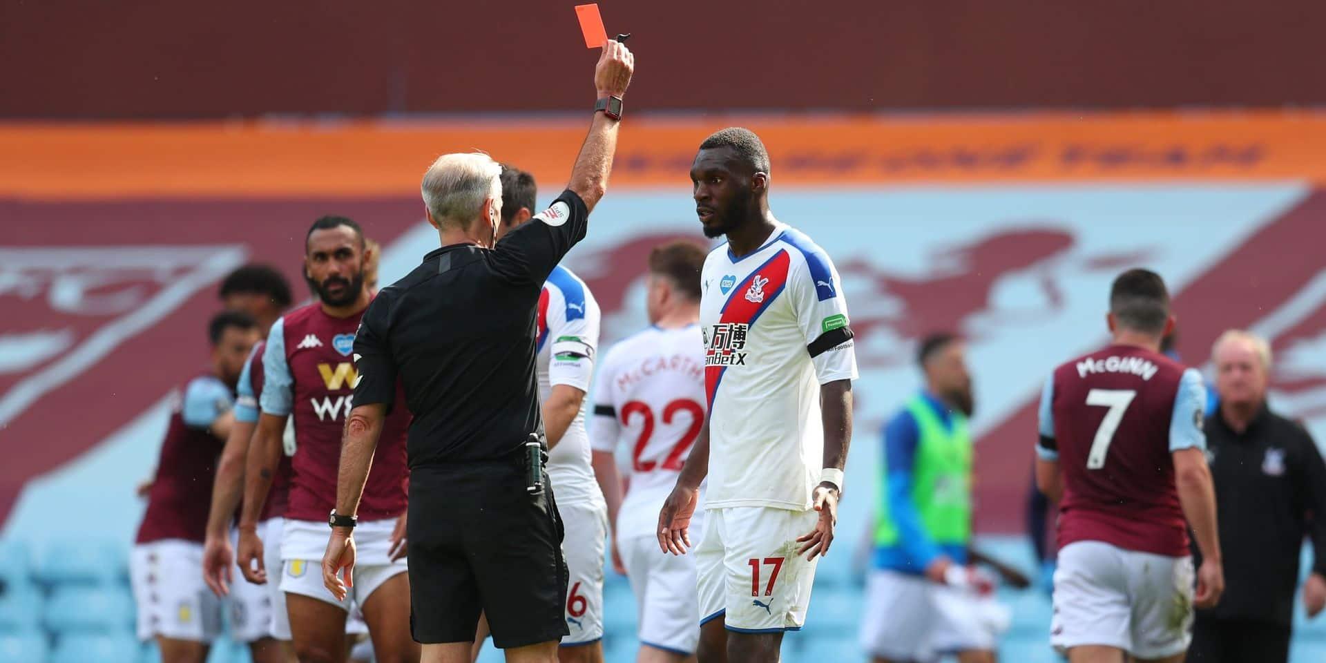 Crystal Palace battu par Aston Villa, Benteke exclu après le coup de sifflet final